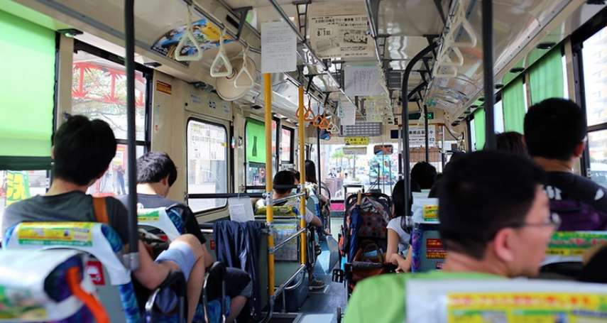 你下公車前會說謝謝嗎?一張圖揭開司機真實心聲,原來台灣人引以為傲的禮貌讓人超困擾