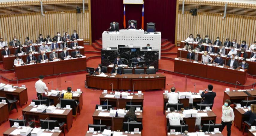 高雄市議會招開財經業務報告 呼籲重視產業轉型