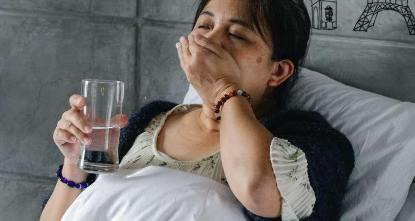 新冠肺炎》這3種人最容易快樂缺氧!如何快速檢測血氧濃度,醫師曝2招不用機器自我檢測