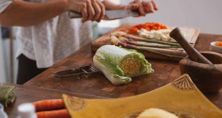 居家防疫懶人包》網友激推10間最優質生鮮外送平台,頂級牛排、超大干貝一次送到家