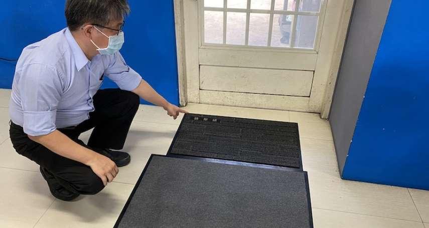 中市環保局加強運輸場站防疫 將鞋底消毒設施升級