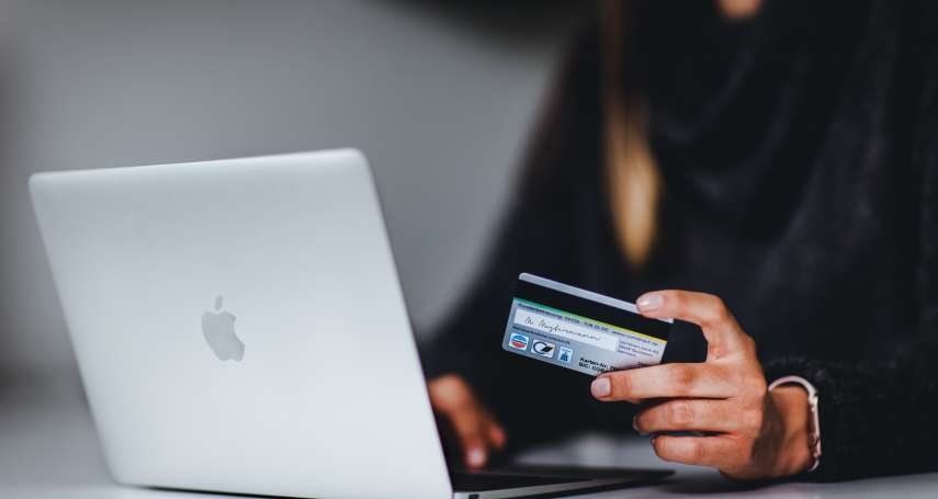 疫情期間待在家,大家最愛上網買什麼?最新調查揭熱門排行Top5,第一名居然不是泡麵