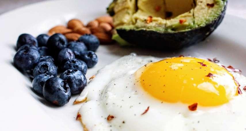新冠肺炎》確診吃什麼能最快速康復?營養師公開3大飲食重點,吃對食物有效戰勝病毒