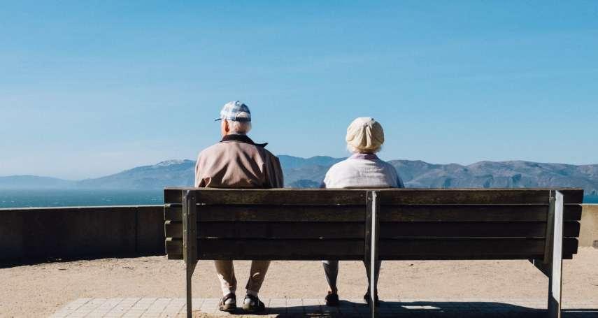 50多歲夫妻存1千萬想提早退休夠用嗎?內行人直指3關鍵,沒做到小心大病花掉一半積蓄
