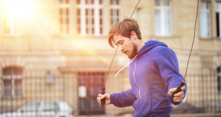 跳繩10分鐘,燃脂效果等於慢跑1小時!專家揭5大意想不到的好處,還能預防心血管疾病