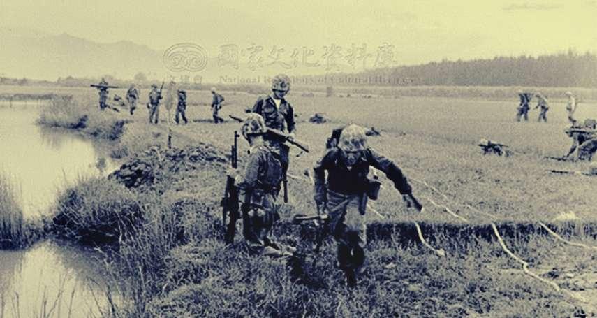 八二三砲戰英雄成階下囚!蔣介石不敢說的老兵秘密:在廁所的時候,我們反而活得最像人