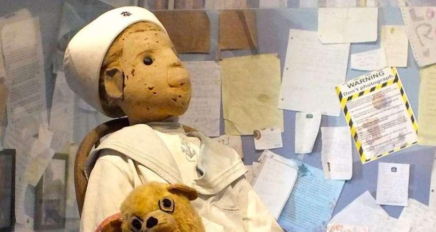 與泰迪熊出自同個公司,擁有者過世後出現怪異事蹟…揭「羅伯特娃娃」鬧鬼傳說,比安娜貝爾還驚悚