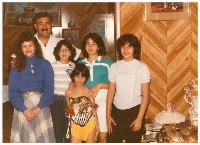小時候的Maysoon和她的家人